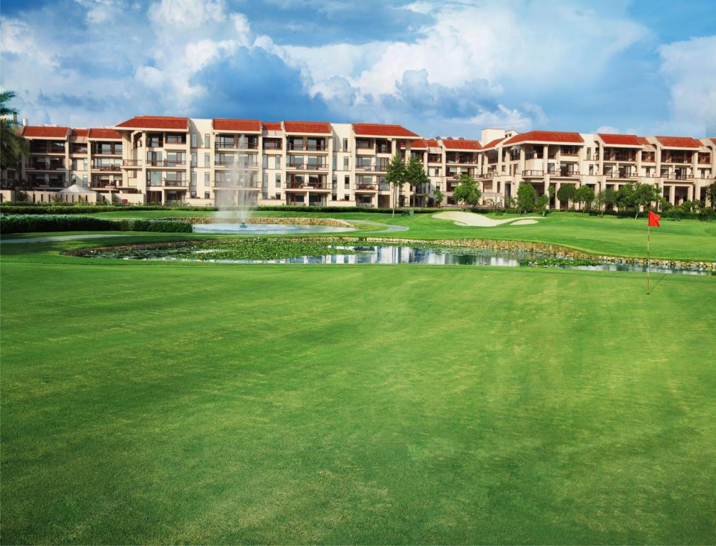 More about Jaypee Greens Golf and Spa Resort