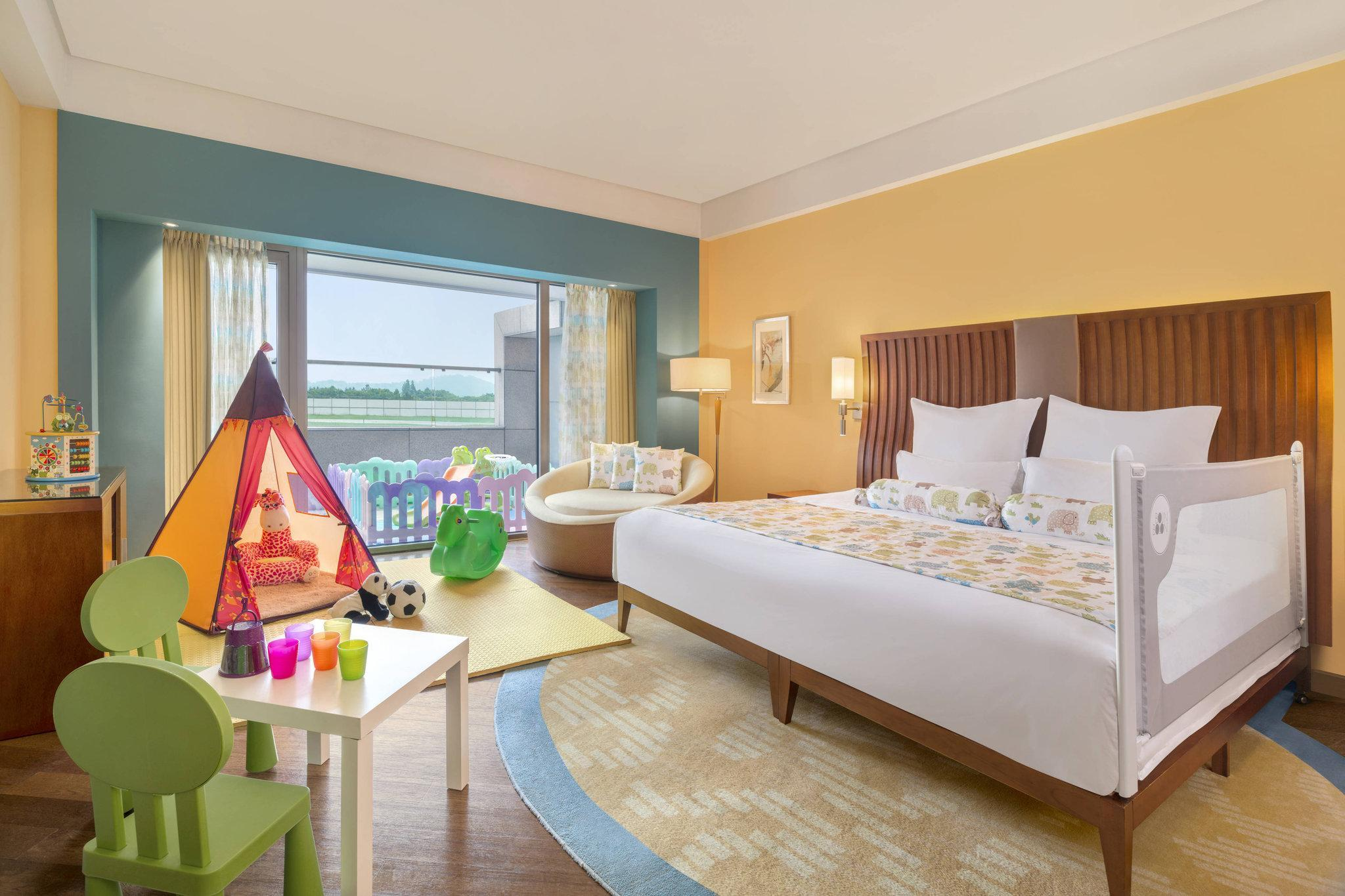 Kids Room, Guest room, 1 King