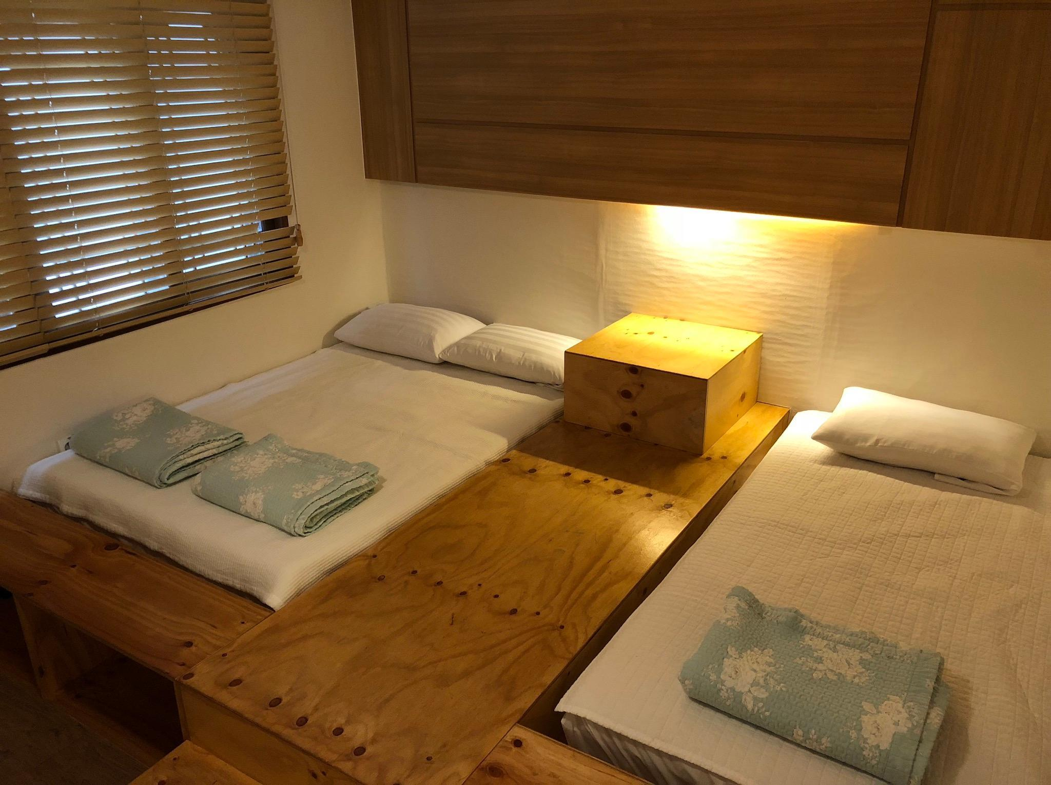 豪華雙床房 (Deluxe Twin Bed Room)