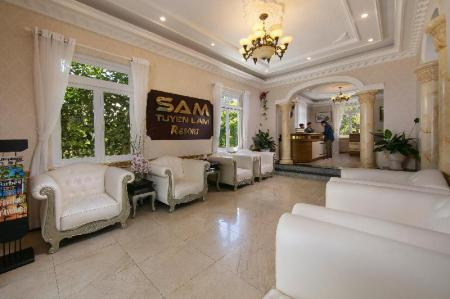 Лоби Sam Tuyen Lam Resort