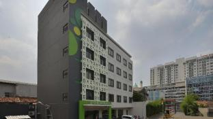 Zodiak Hotel MT Haryono
