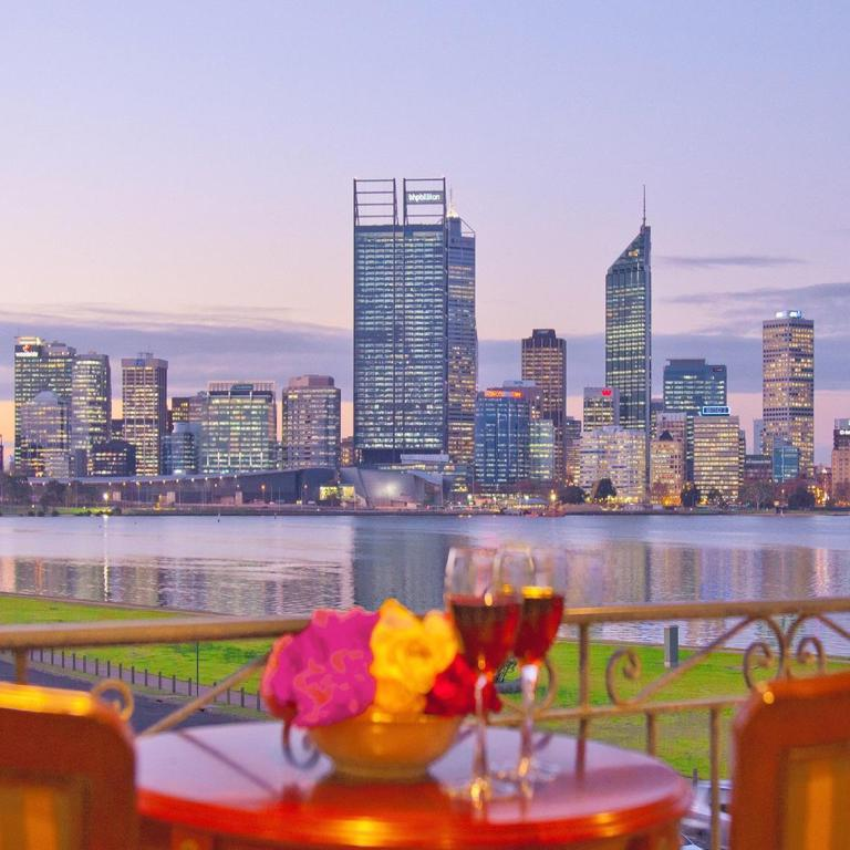 The Peninsula Riverside Serviced Apartments In Perth