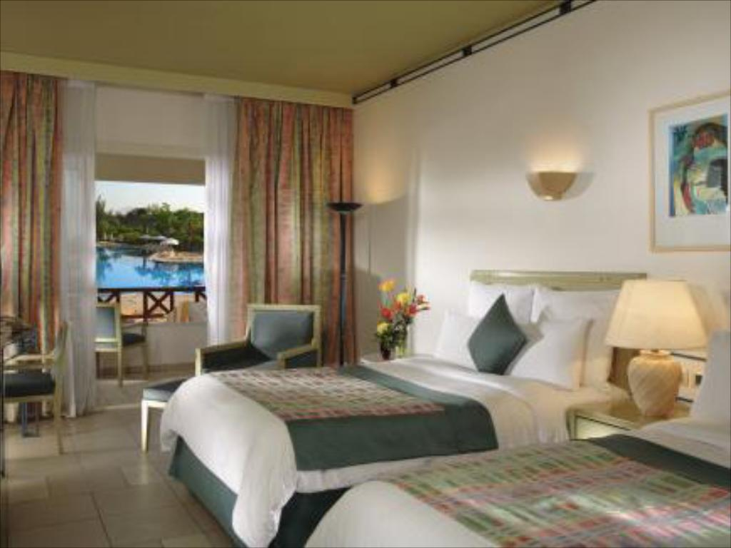Beach Side Pool View, Guest room, 1 King or 2 Double - Guestroom Sharm El Sheikh Marriott Resort