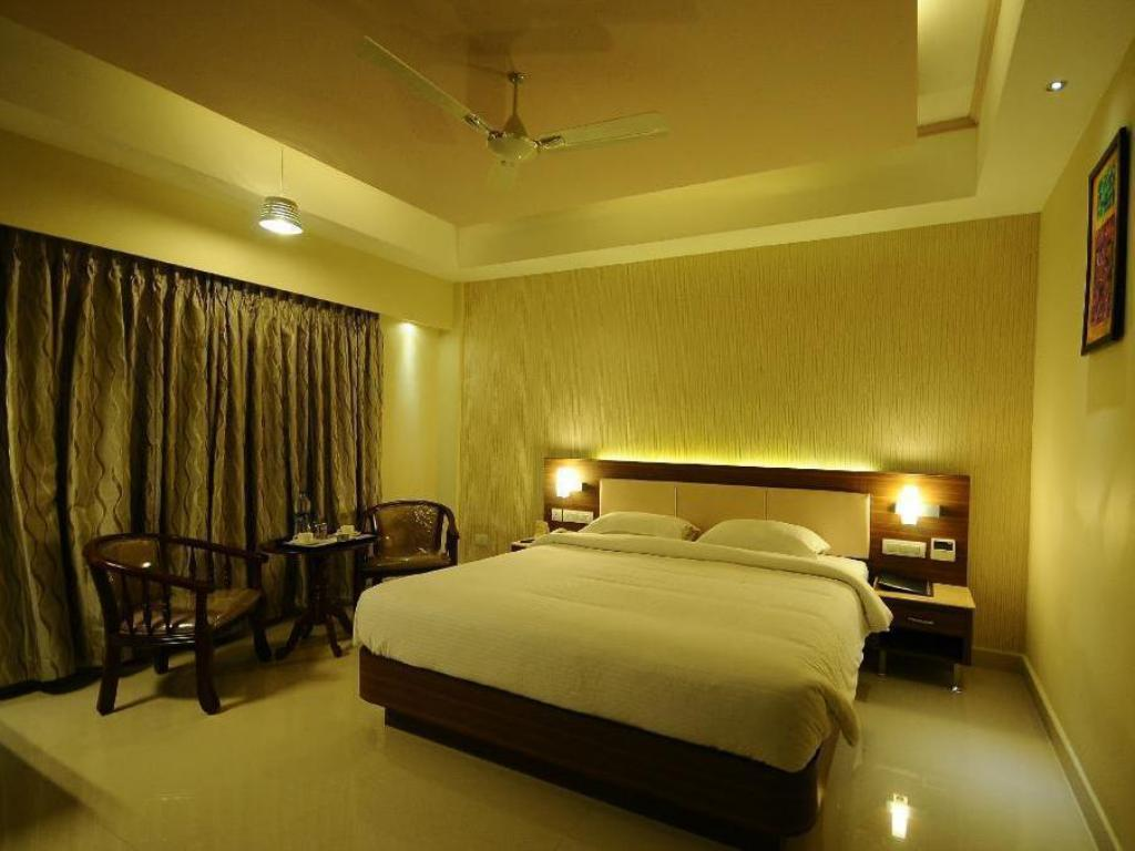 Executive Room - Guestroom Ragavendra Residency Trichy