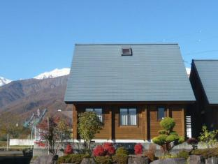 Hakuba Happo Log Chalets