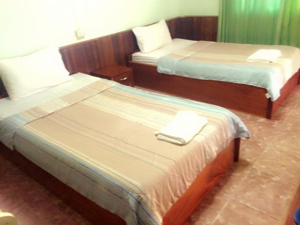 Standard Twin - Bed Thipphachanh Hotel