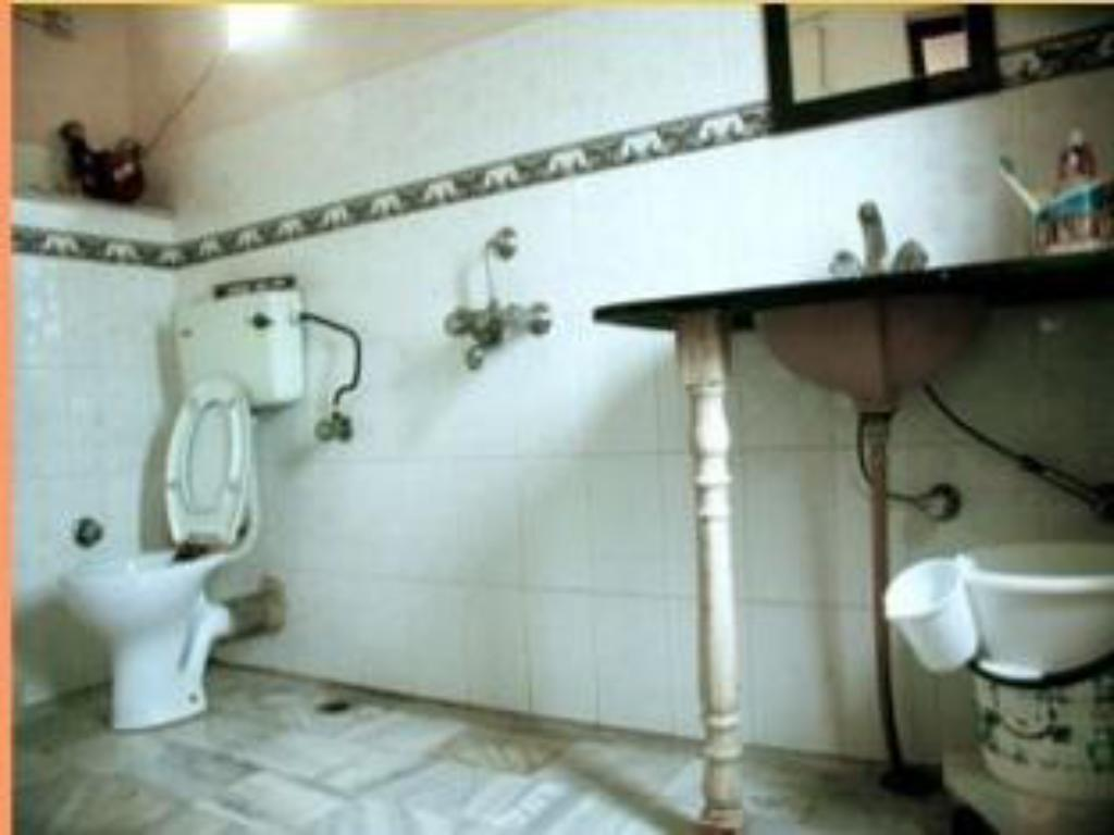 Bathroom Heritage Homestay Agra