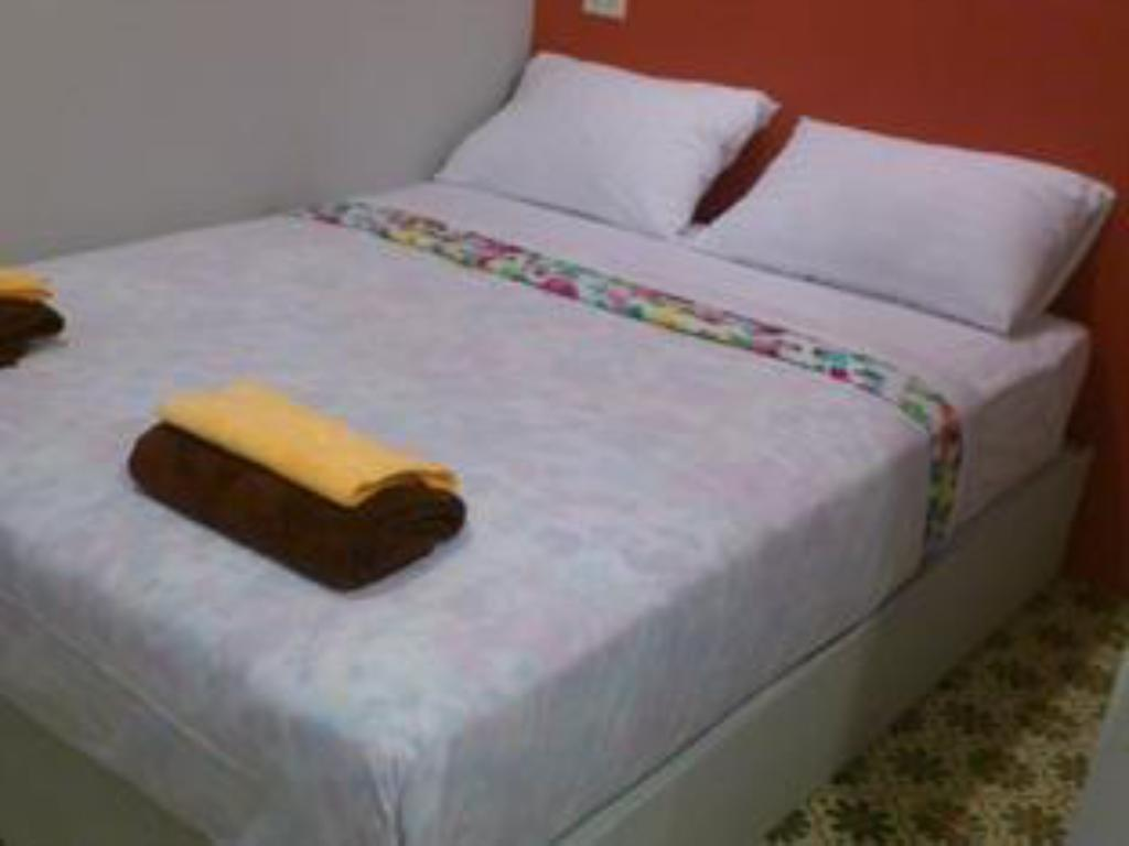 Standard - Bed B Trio Guesthouse