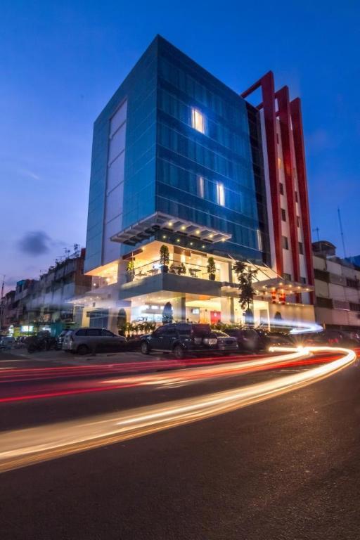 Redstar Hotel Jakarta Jakarta Best Price Guarantee Mobile Bookings Live Chat