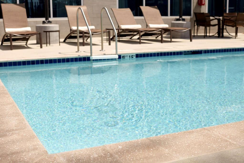 Swimming pool [outdoor] Hyatt Place Bayamon