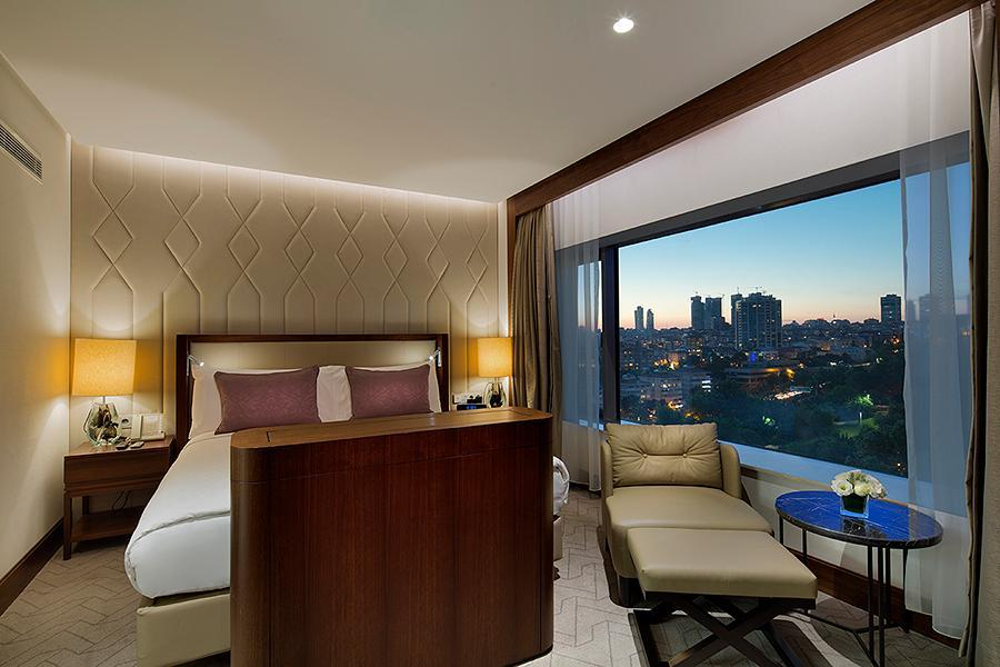 Grand Deluxe Bosphorus Suite