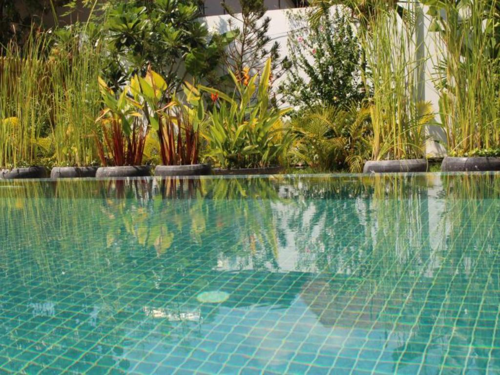 Swimming pool Sakara Boutique Villa