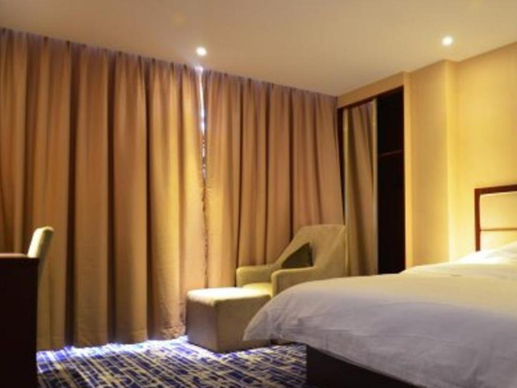 See all 25 photos Shenzhen Octagon Inn-Shajing Jingjibaina