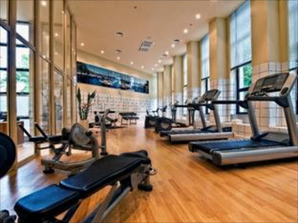 Fitness center Rams 4 Seasons Apartments