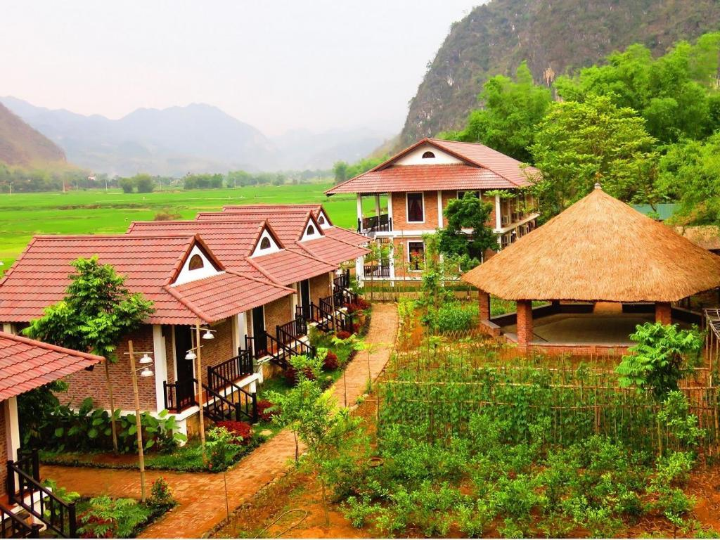Exterior view Sol Bungalows