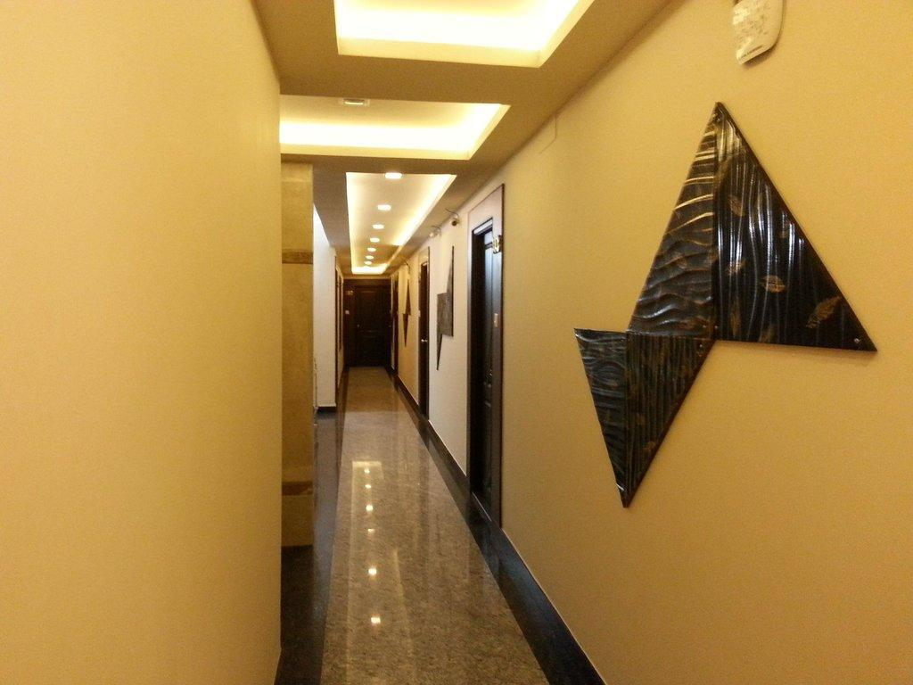 Interior view Hotel Emerald Manor Chennai