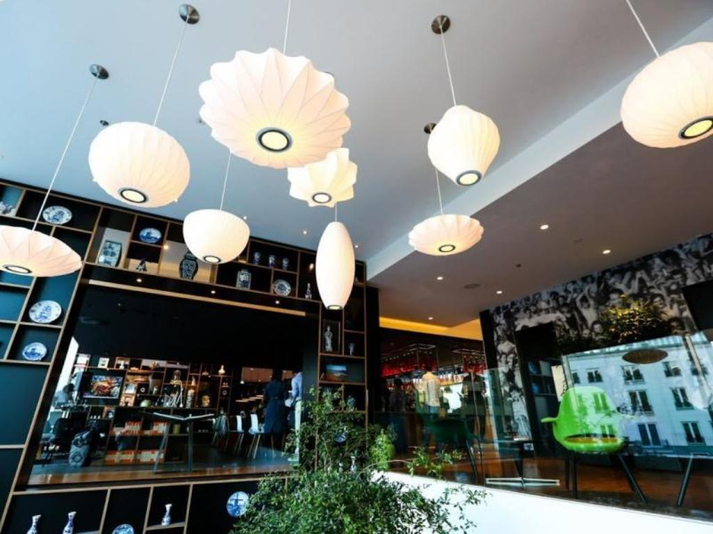 More about citizenM Rotterdam