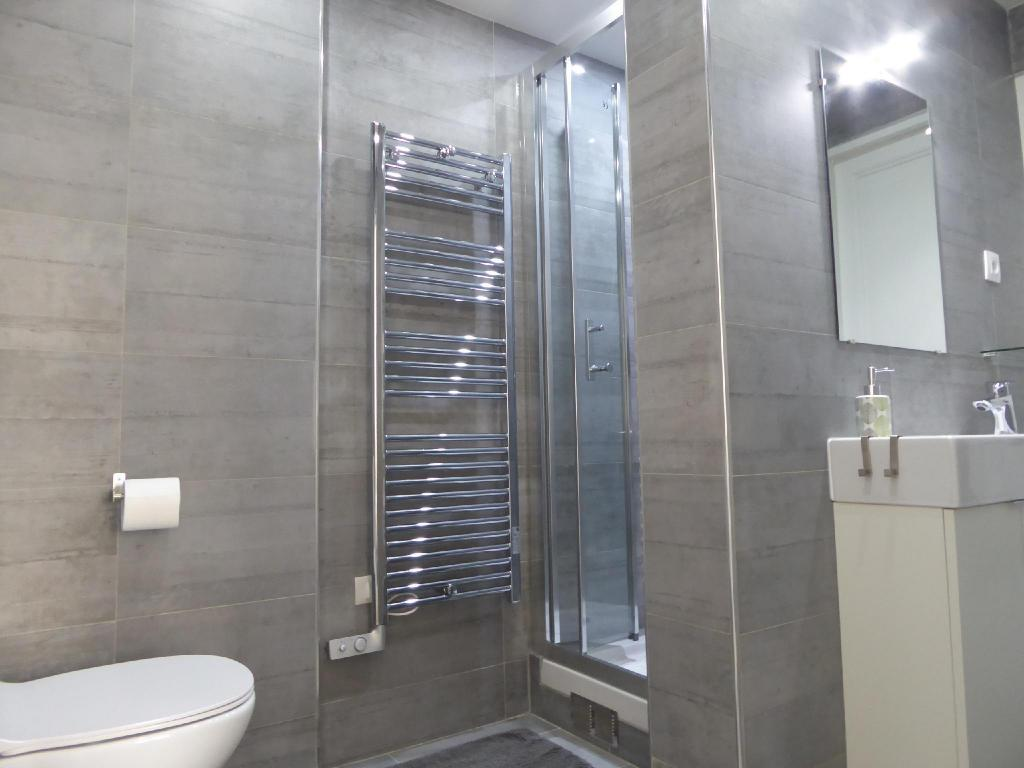 Bathroom Residence Bergere - Apartments