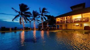 Catamaran Beach Hotel Negombo