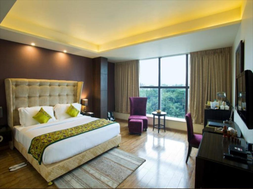 Pipal Tree Hotel, Kolkata - Photos, Room Rates & Promotions