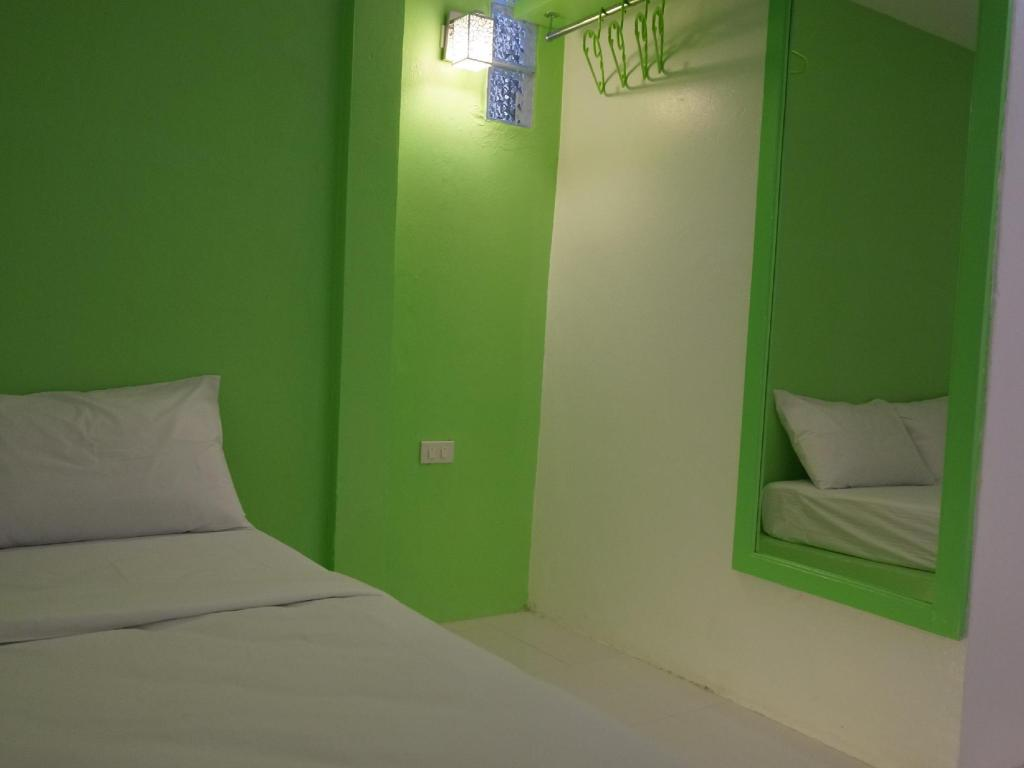 Superior Room - Bed Pakgasri Guest House