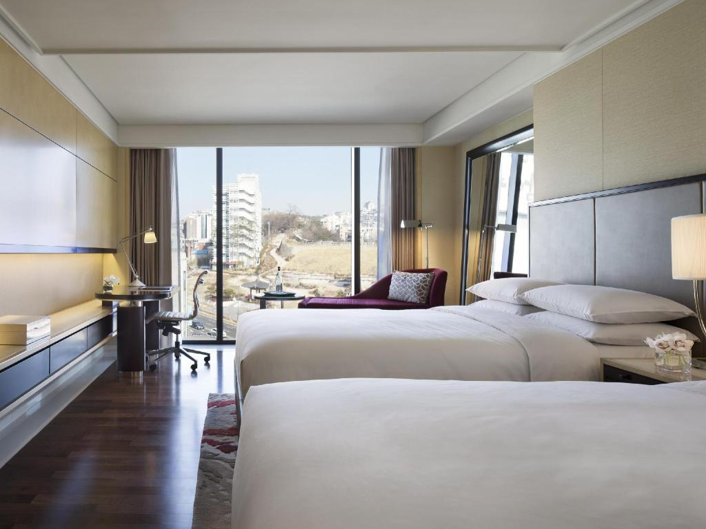 Deluxe, Guest room, 1 King or 2 Double, City view - 객실 JW 메리어트 동대문 스퀘어 서울 (JW Marriott Dongdaemun Square Seoul)