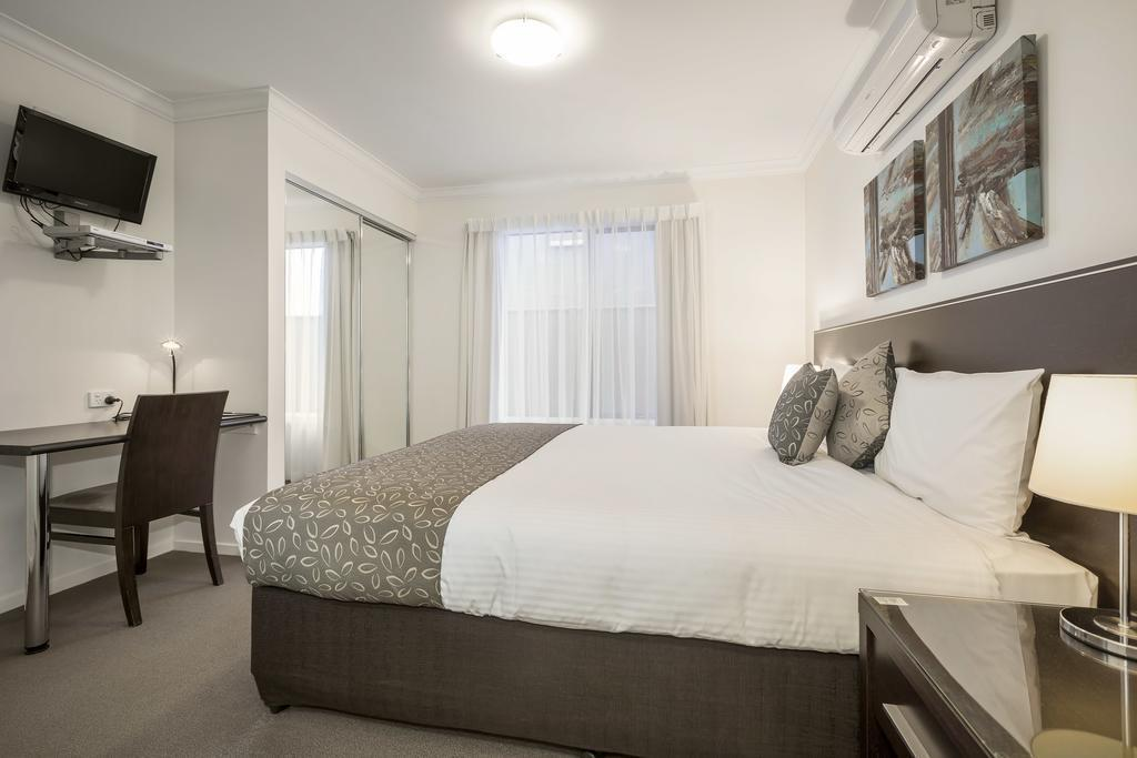 Studio Apartment Quest Sale Serviced Apartments and Conference Centre