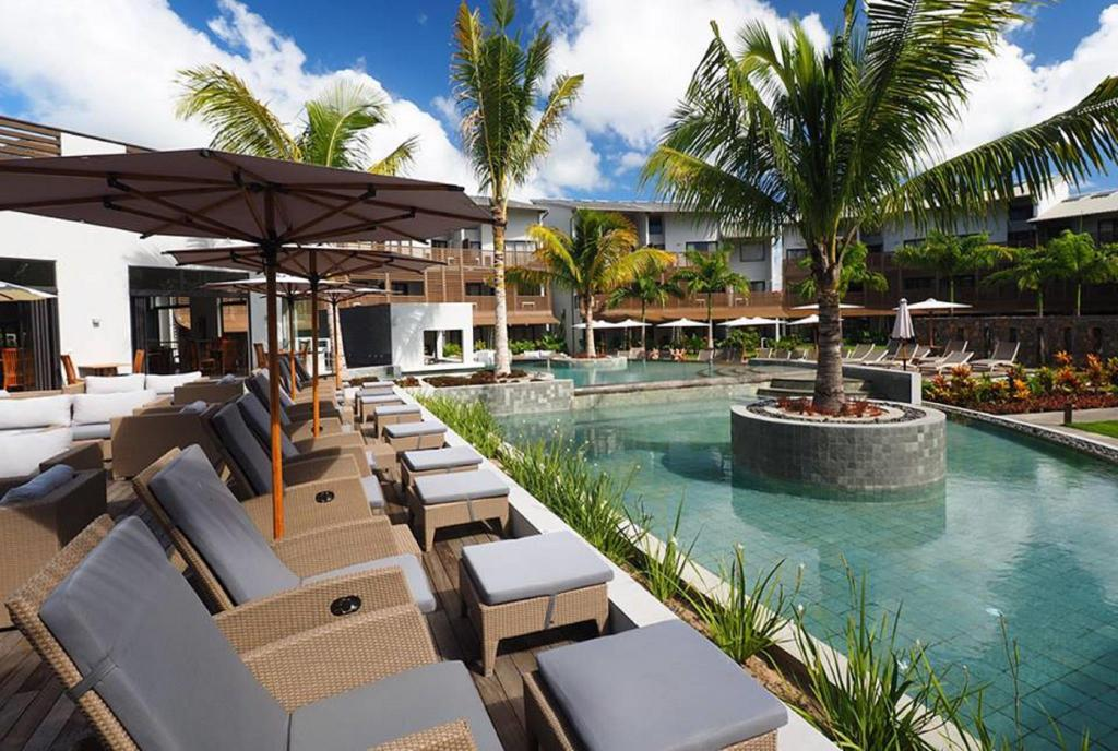 Best price on be cosy apart hotel in mauritius island for Swimming pool mauritius