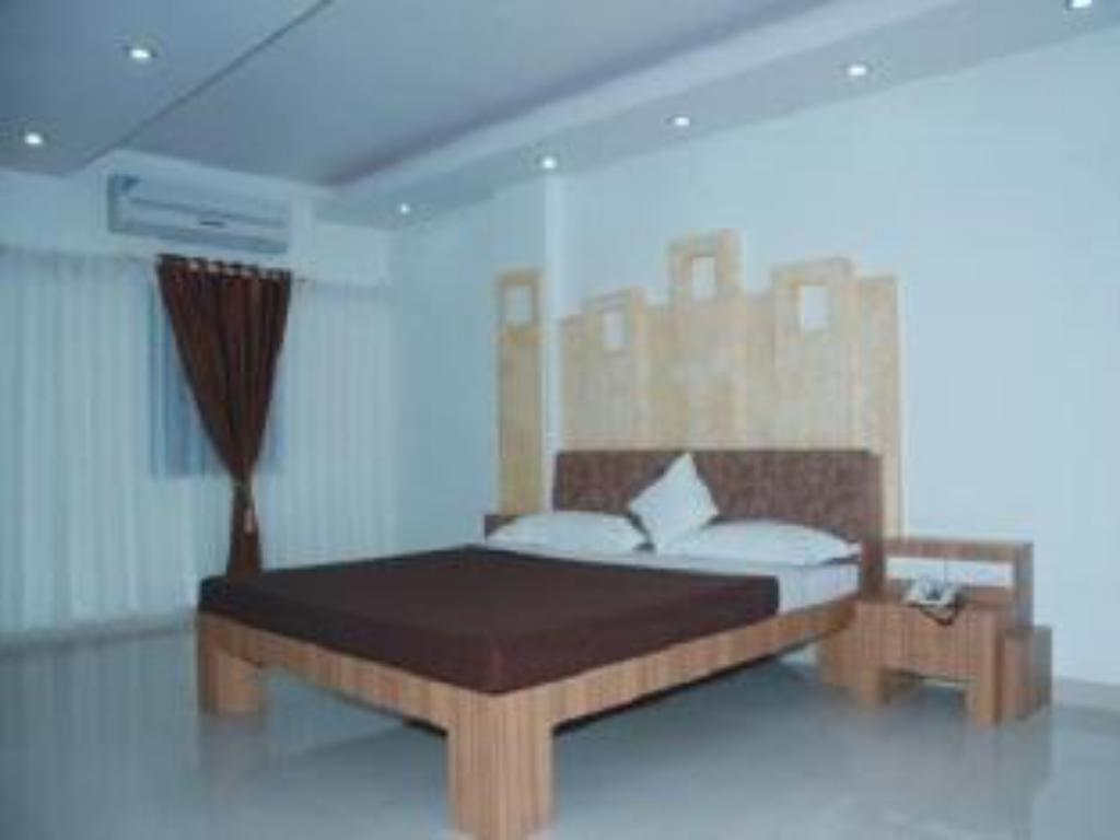 Standard AC Room Hotel Sheetal