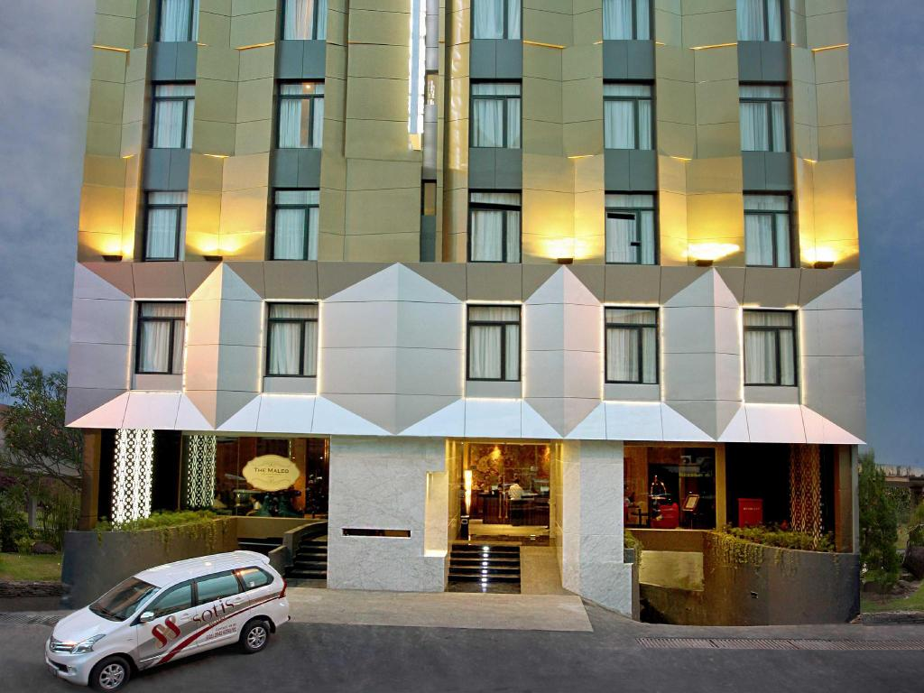 More about Sotis Hotel