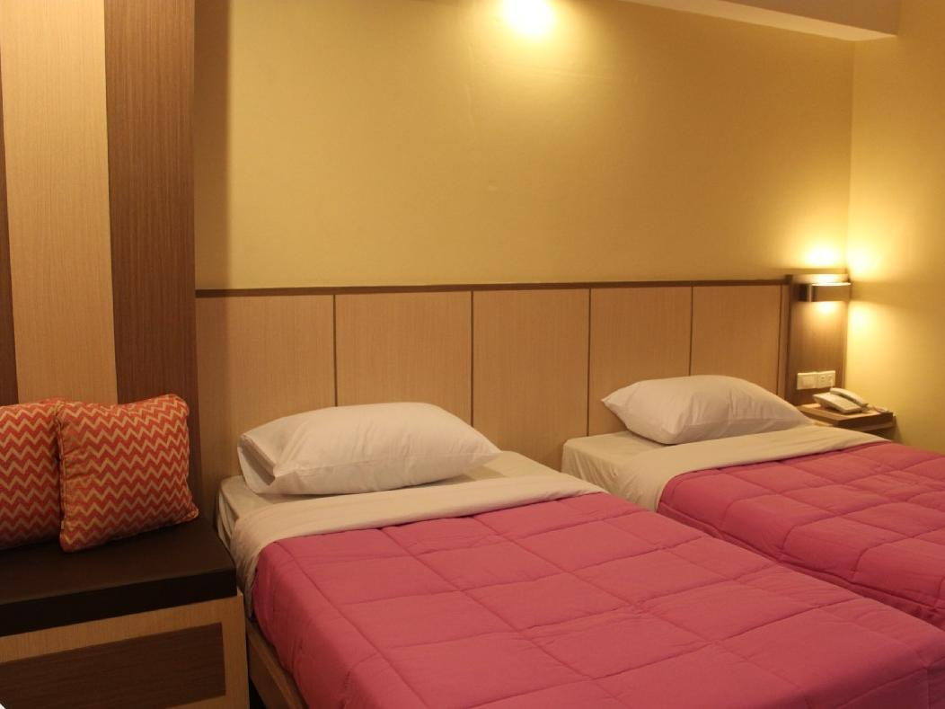 VIP Twin Bed