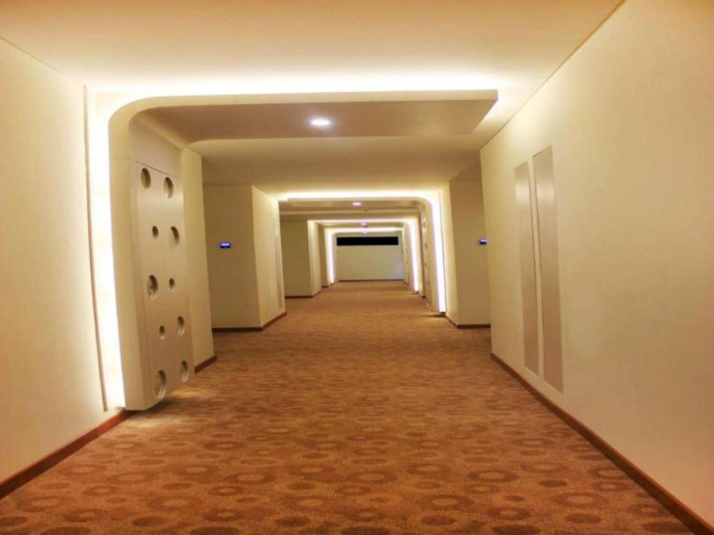 Interior view Everbright Ambon Hotel