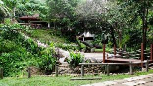 Camp Alfredo Adventure Resort
