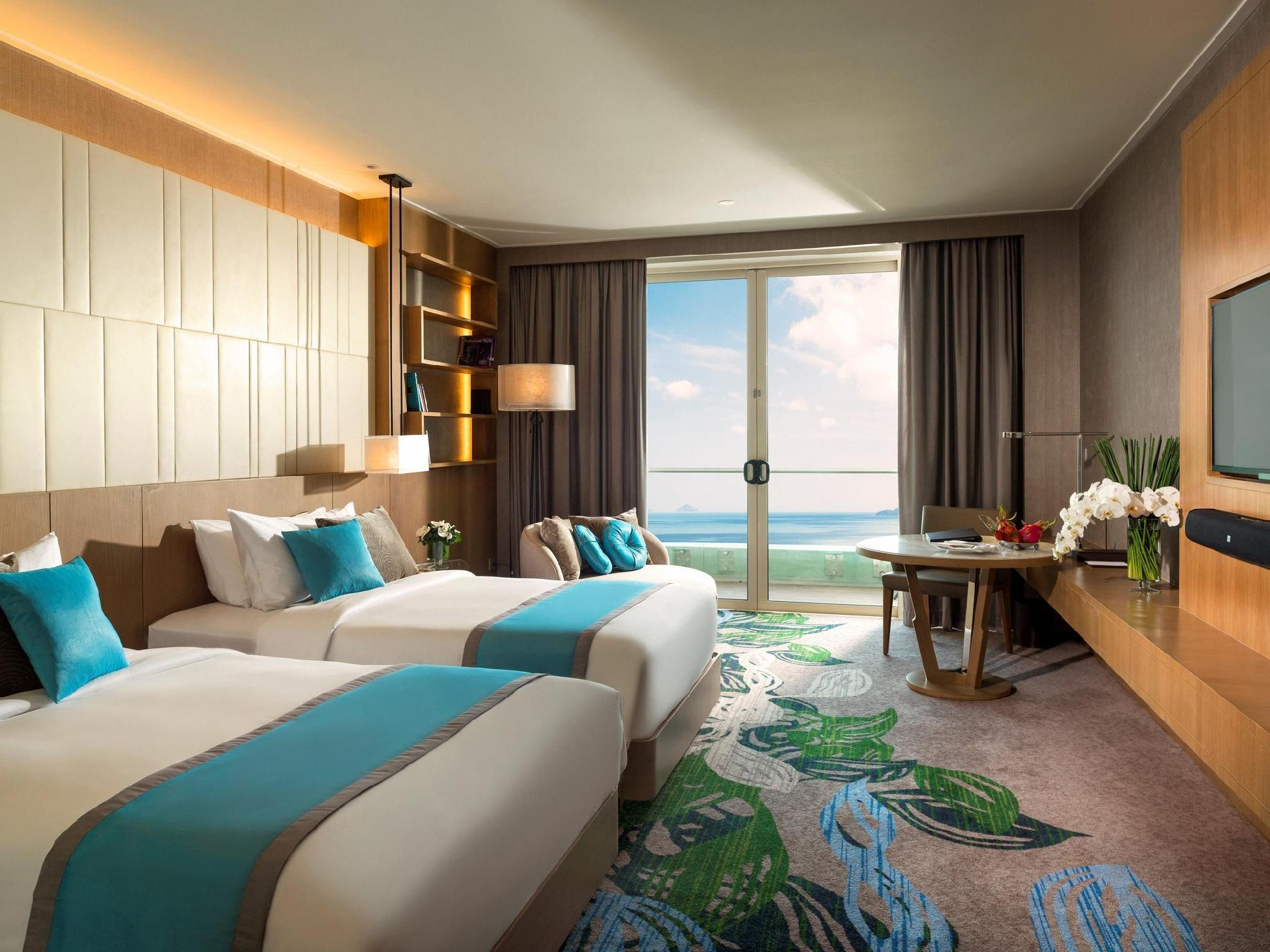2 Single Beds Deluxe Ocean View