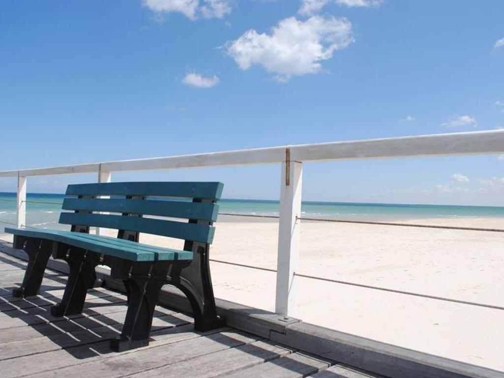 Beach Port Adelaide Backpackers and Budget Accommodation