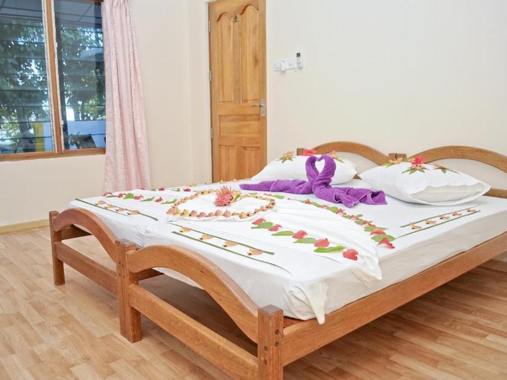 Fulidhoo La Perla Guest House In Maldives Islands Room
