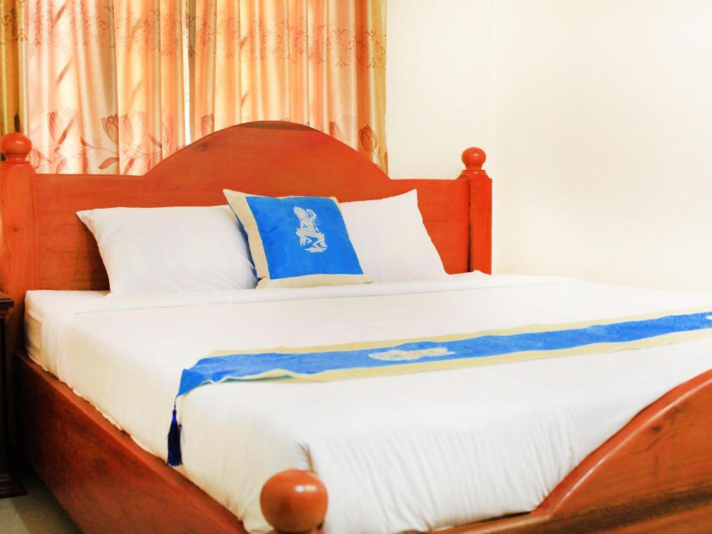 Standard Double (1 Bed) - Bed Keanthay Guest House