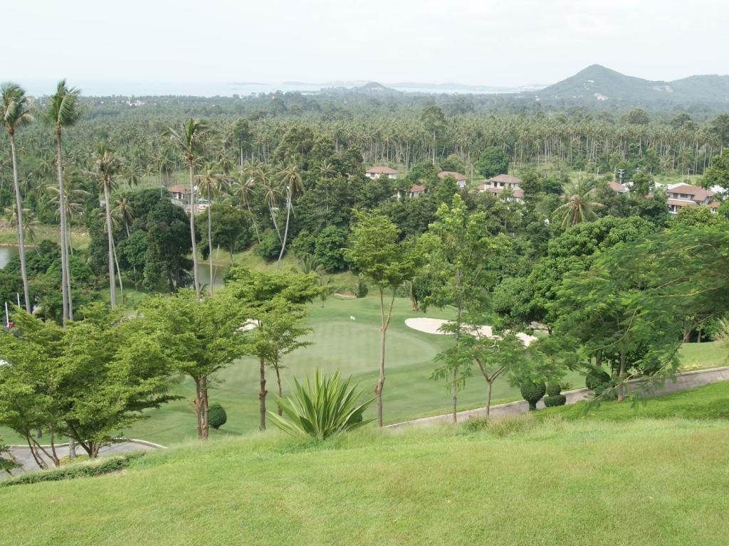 padang golf (di lokasi) Samui Moon Resort
