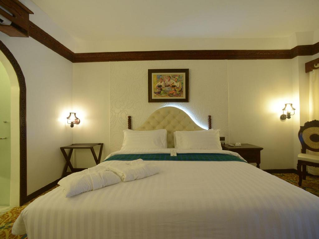 Deluxe Room - Bed Hotel Luna