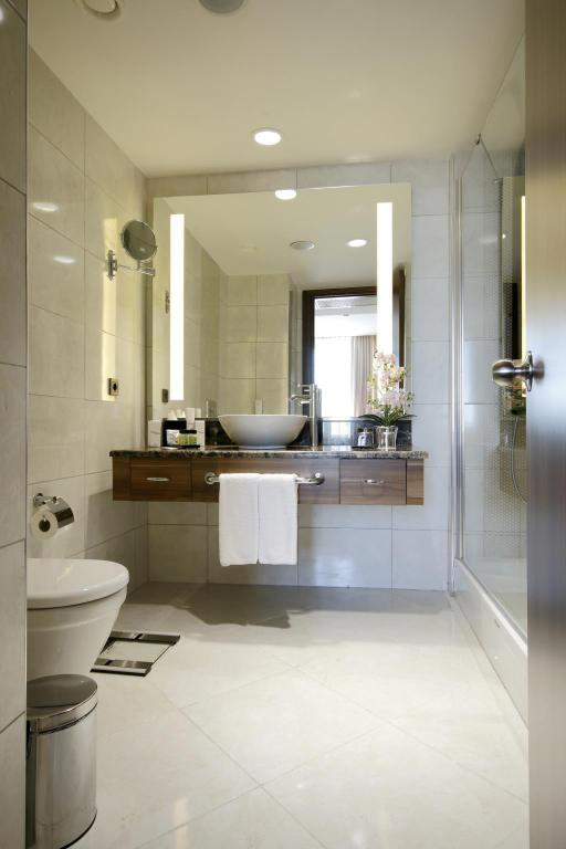 Standard Double or Twin Room - Bathroom Tuyap Palas Hotel