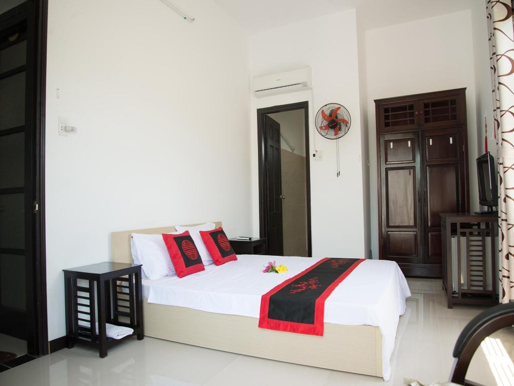 Deluxe Double - Guestroom SacLo Homestay and Hostel