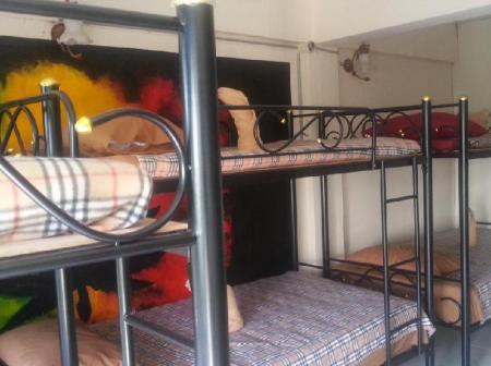 10-Bed Dormitory -- Mixed - Guestroom The Moatview Guesthouse