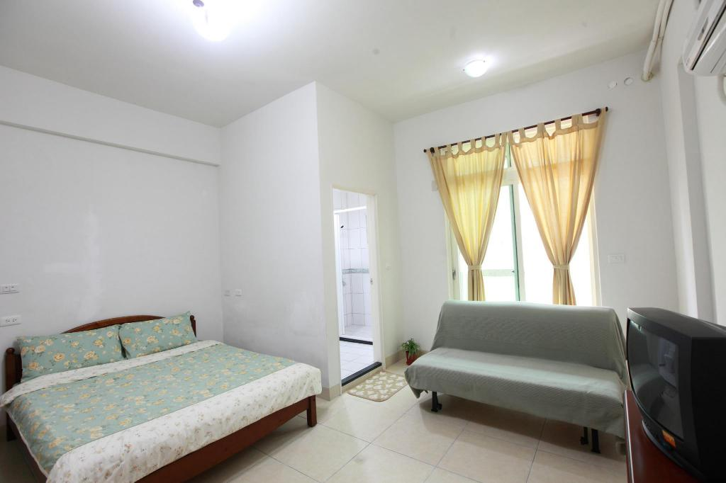 Double Room - Guestroom Travelers Fu-Home