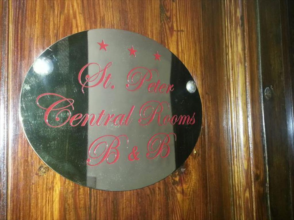 Entrada St. Peter Central Rooms B&B