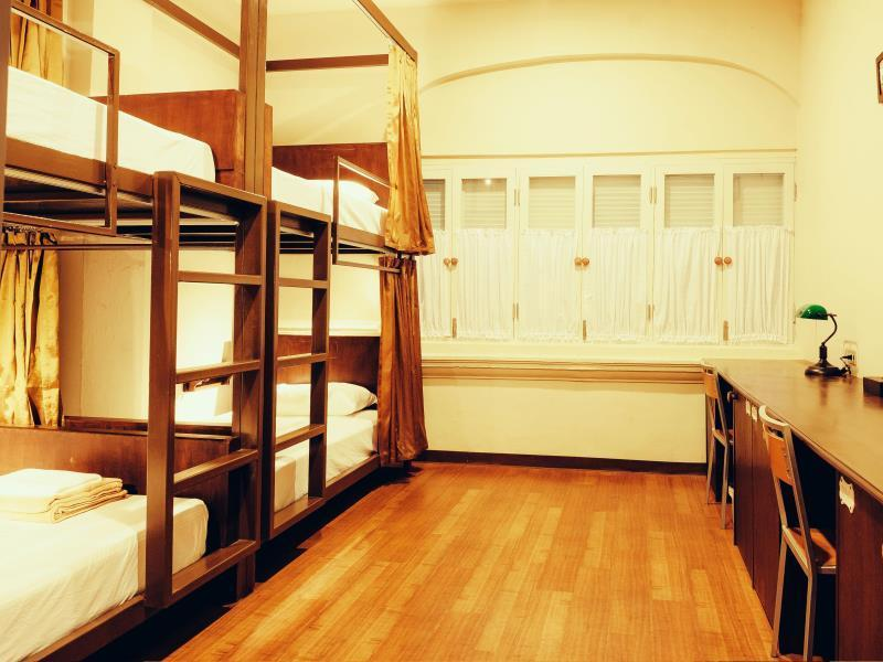 1 Bed in 4 Bed Female Dormitory Room