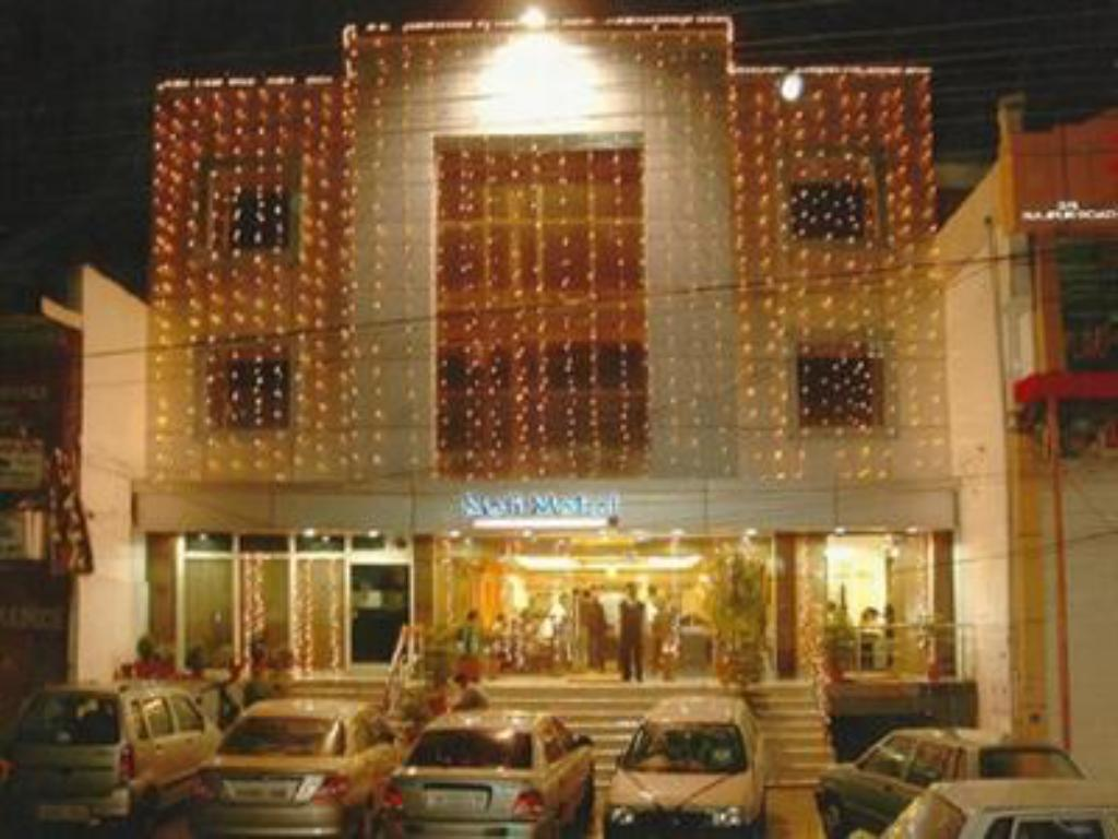 More about Hotel Moti Mahal