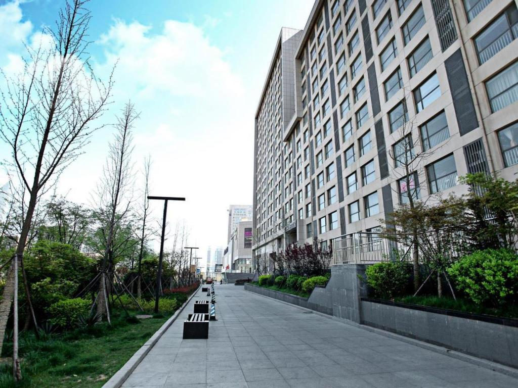 Zunanjost Qingdao Lejiaxuan Boutique Apartment Thumb Plaza