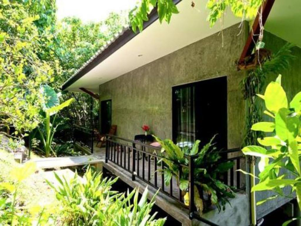 Notranjost Phuket Point Bungalow