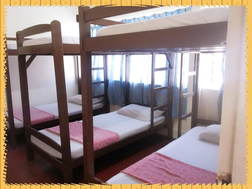 Dormitory - Air Conditioning - Bed Stay-In Lodge