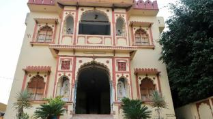 Hotel Green Park Haveli (Pet-friendly)